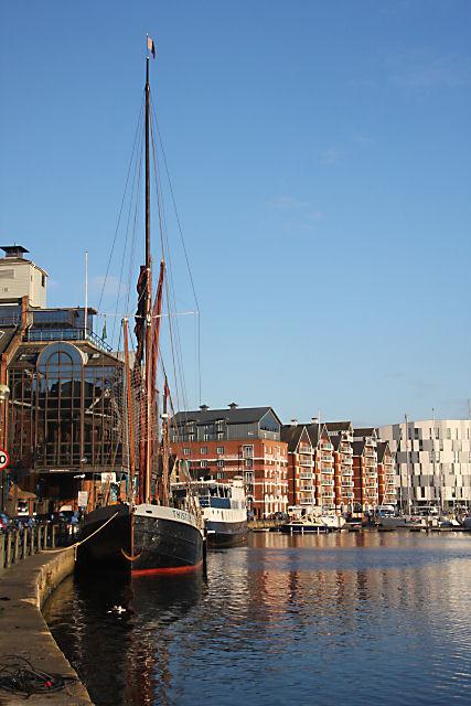 Common_Quay,_Ipswich_Docks_-_geograph.org.uk_-_1077476.jpg